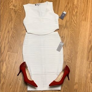 NWT Jennifer Lopez white two piece skirt outfit